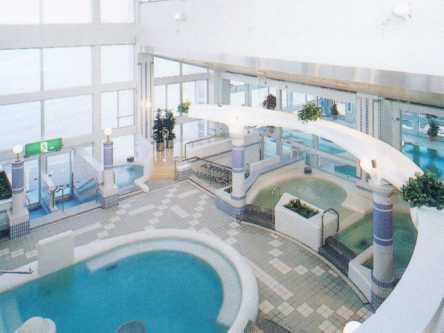 香川県のおすすめ屋外・屋内プール、2021年度の開催・中止は?