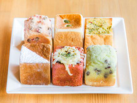 キューブ型パンがかわいい!朝から夜までツカえる鎌倉の隠れ家カフェ