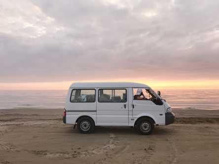 国内唯一!なぎさドライブウェイで砂浜ドライブ【YURIEの週末ソトアソビ vol.4】