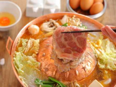 都内でココだけ!秘伝ダレで味わう、台湾生まれの絶品「焼鍋」