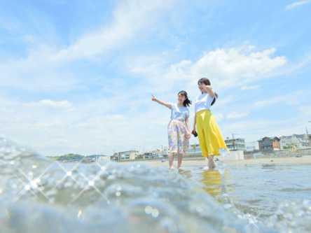 【フォトジェニックなカメラ女子旅】夏のカラフルな風景を探して鎌倉・江の島1日さんぽ