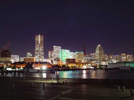 きらめく横浜の夜景を楽しむ!インスタジェニックなナイトクルーズ