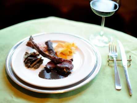 森の隠れ家レストランで、草津の地食材を凝縮した絶品イタリアンを