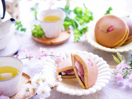 春の訪れ♪桜あんと白玉のどらやき【kyoko_plusのレシピ&テーブルコーデvol.7】