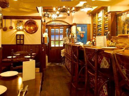 ワイン好きは訪問マスト!赤坂の路地裏で、絶品イタリア郷土料理