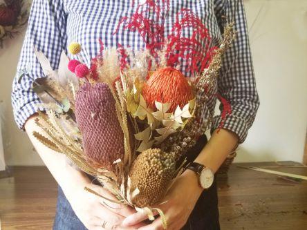 飾るだけでおしゃれ!「grantflower」でオーストラリアの野草が主役のスワッグ作り