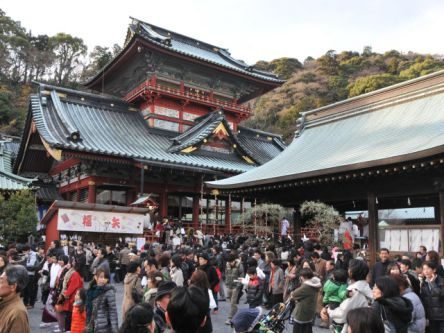 静岡県のおすすめ初詣スポット、2021年の初詣行事やご利益は?