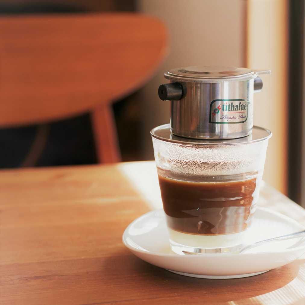 ベトナムコーヒー500円(フードとセットで100円引き)